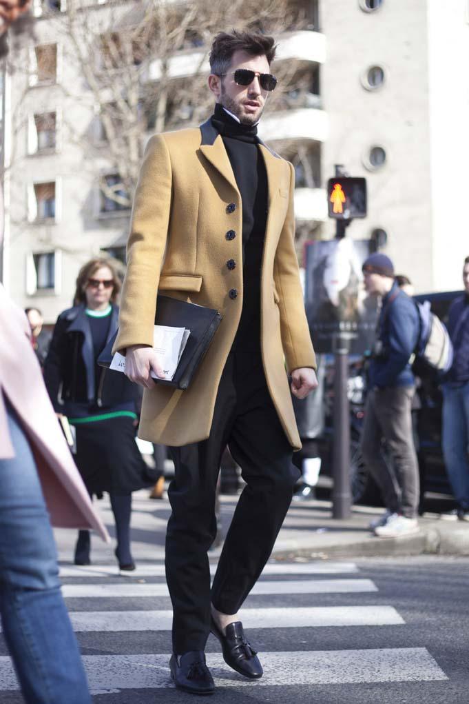 Paris Street Style Mar. 02, 2014 RTW Fall Winter 2014