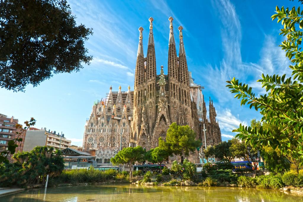 Sagrada Familia-Barcelona_P